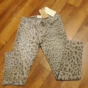 NWT Current Elliot The Stiletto Cropped Jean's